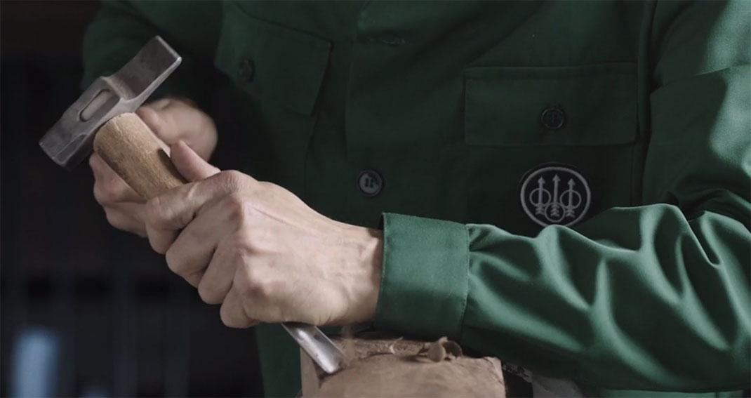 A Fascinating Film Reveals Each Step In Preparation Of A Beretta Shotgun-9