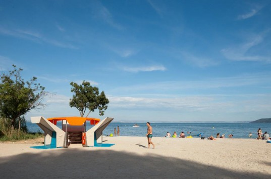 Bibliobeach-This Municipal Beach Library Lets You Enjoy Books At Beach-
