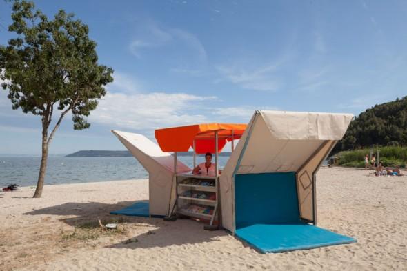 Bibliobeach-This Municipal Beach Library Lets You Enjoy Books At Beach-1