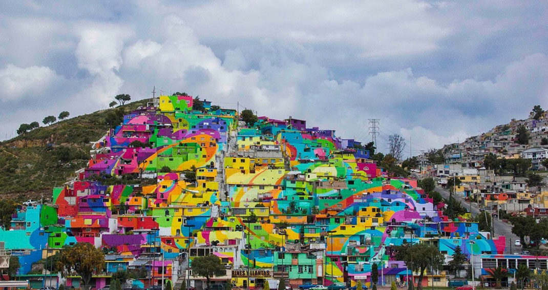 To Unite The Community Against Violence Artists Paint A Mural On 200 Houses -