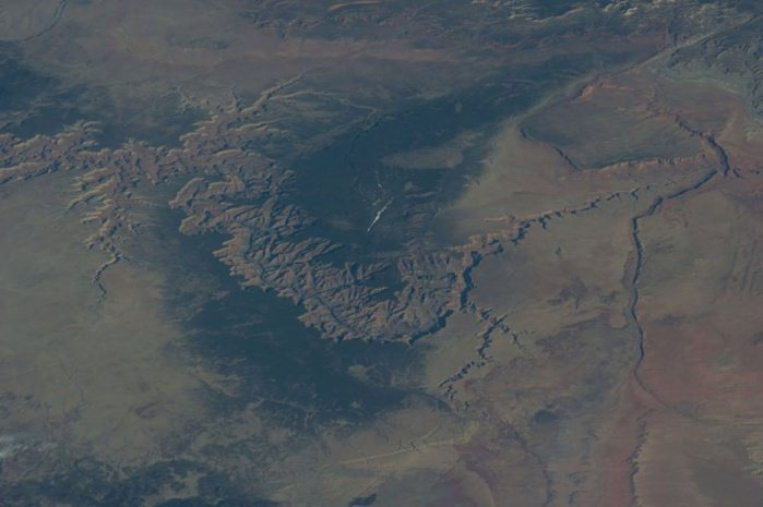 18 Mindblowing Snaps Of The Planet Earth From Space-15
