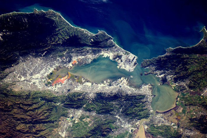 18 Mindblowing Snaps Of The Planet Earth From Space-16