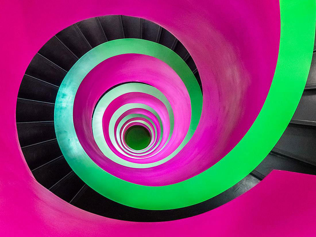 30 Absolutely Mesmerizing Spiral Staircase Designs From Around The World-1