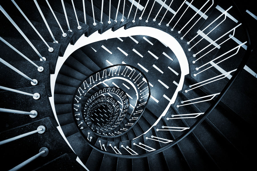 30 Absolutely Mesmerizing Spiral Staircase Designs From Around The World-14