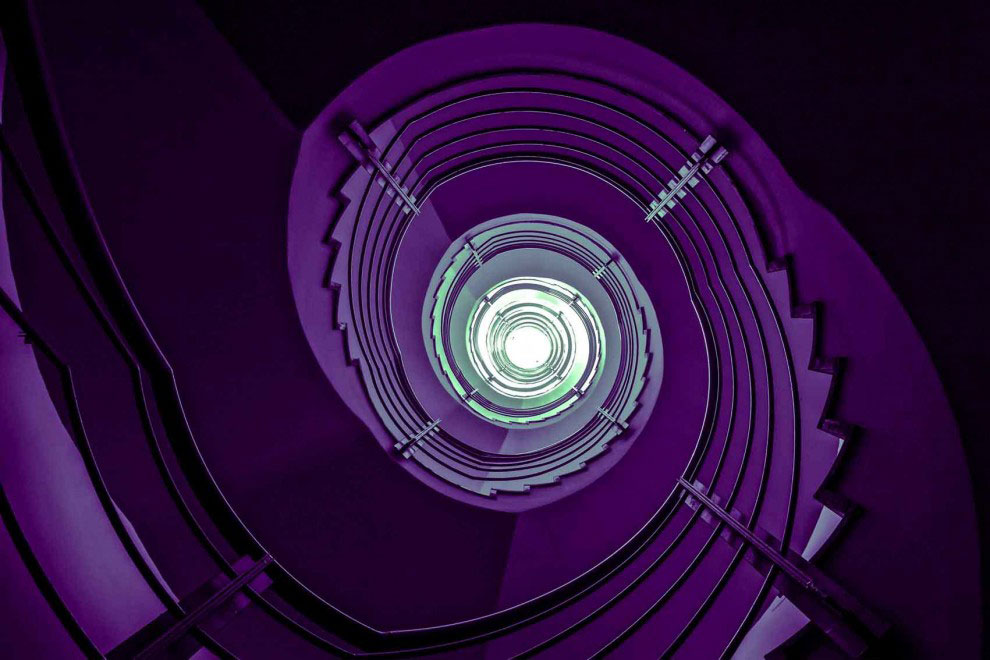 30 Absolutely Mesmerizing Spiral Staircase Designs From Around The World-19