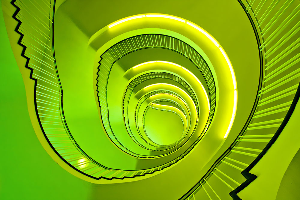 30 Absolutely Mesmerizing Spiral Staircase Designs From Around The World-24