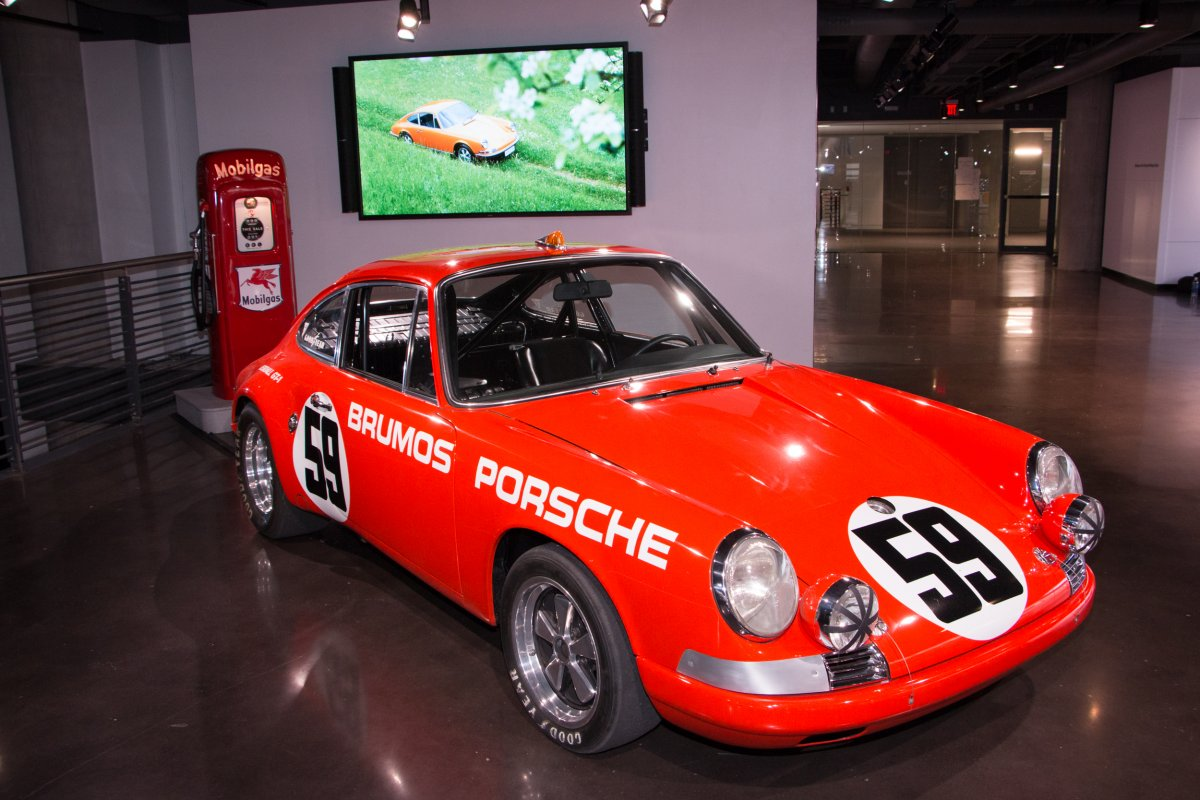 Amazing Photos Of Porsche's Glossy $100-million Headquarters In Atlanta-10