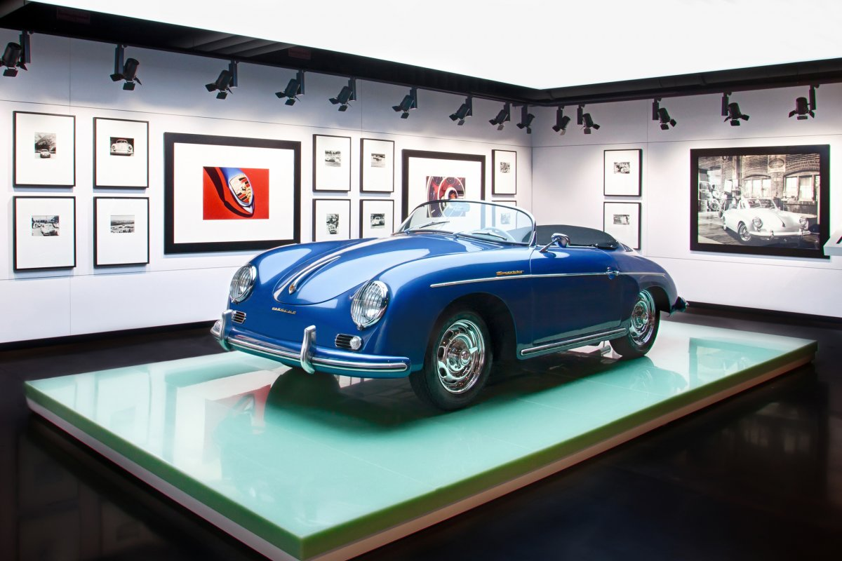 Amazing Photos Of Porsche's Glossy $100-million Headquarters In Atlanta-12