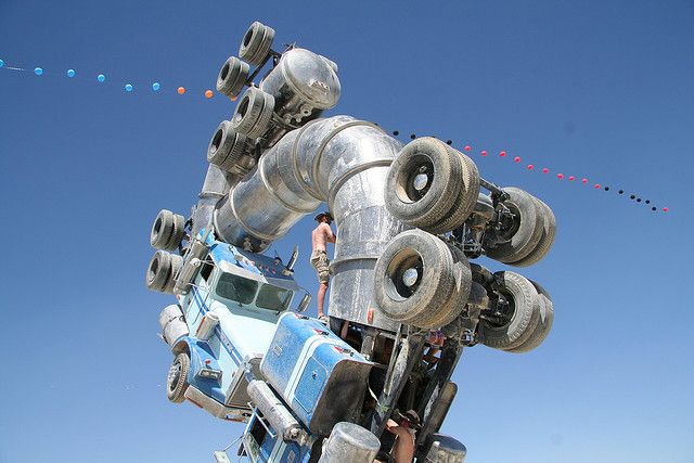 Big Rig Jig: This Monsterous Sculpture Is Made From Two Old Tanker Trucks-