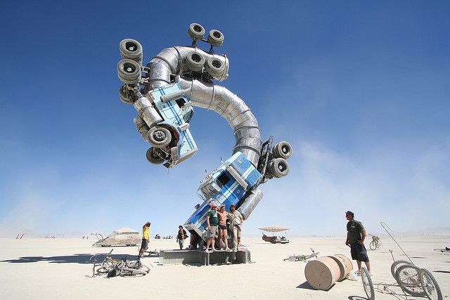 Big Rig Jig: This Monsterous Sculpture Is Made From Two Old Tanker Trucks-1