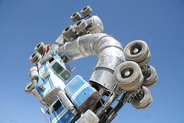 Big Rig Jig: This Monsterous Sculpture Is Made From Two Old Tanker Trucks-3