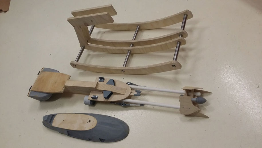 Geek Father Makes A Star War Speeder Bike Model As A Gift On Her Daughter's First Birthday-4