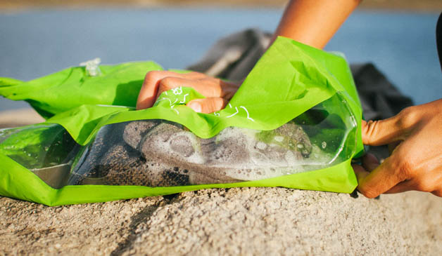 Scrubba: A Portable Washing Machine For Backpackers-4
