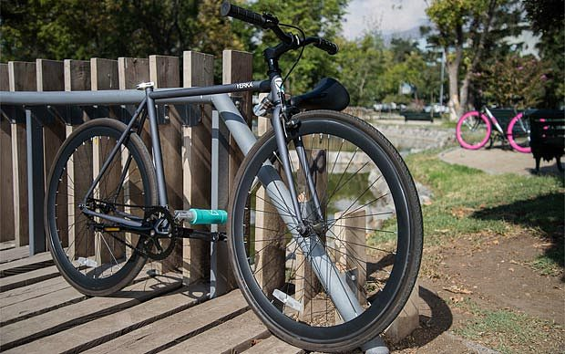 This Virtually 'Unstealable Bike' Does Not Require External Lock-1