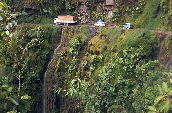 World's 5 Most Dangerous Roads For The Seekers Of Adventure -
