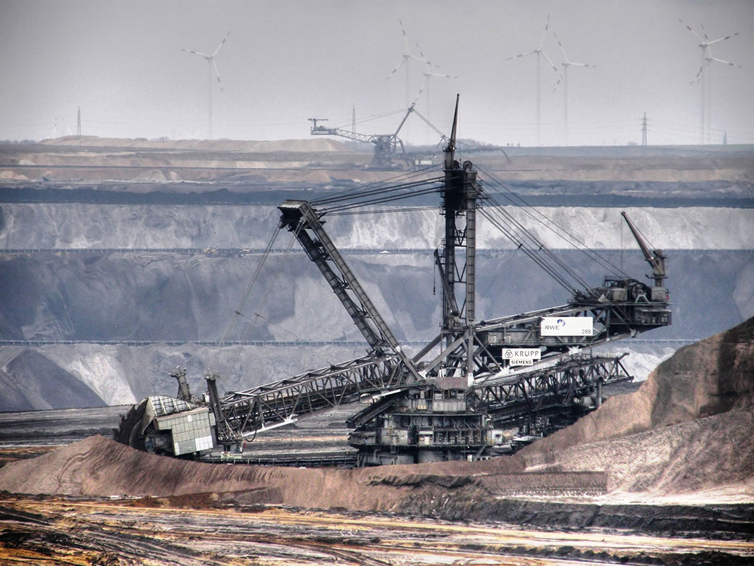 The Bagger 288, the world's largest land vehicle