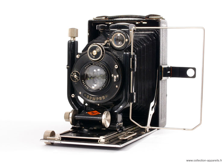 Agfa Isolar PF-30 Super Cool Vintage Cameras would Make You Regret Not Being Born Earlier -1