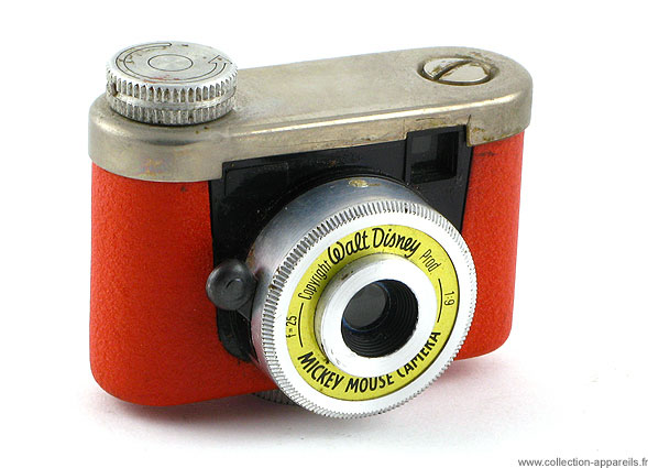 Mickey Mouse camera-30 Super Cool Vintage Cameras would Make You Regret Not Being Born Earlier -22