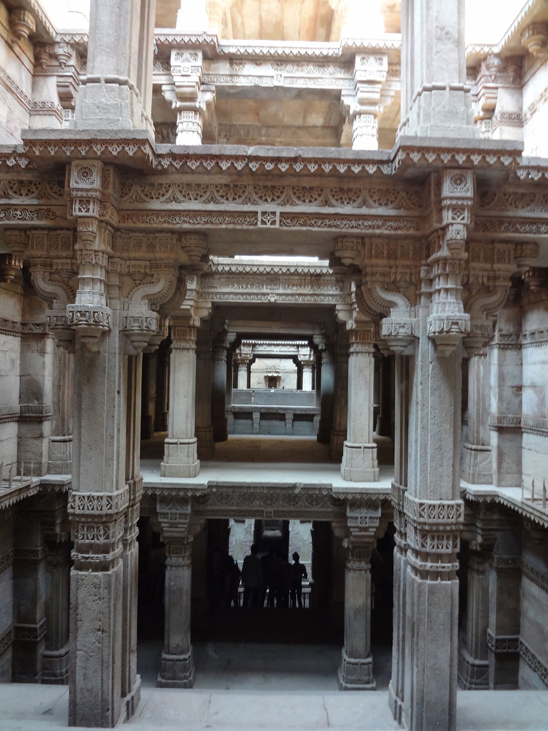 Admire These 2000 Year Old Somptous Buildings In India Destined To Disappear-10