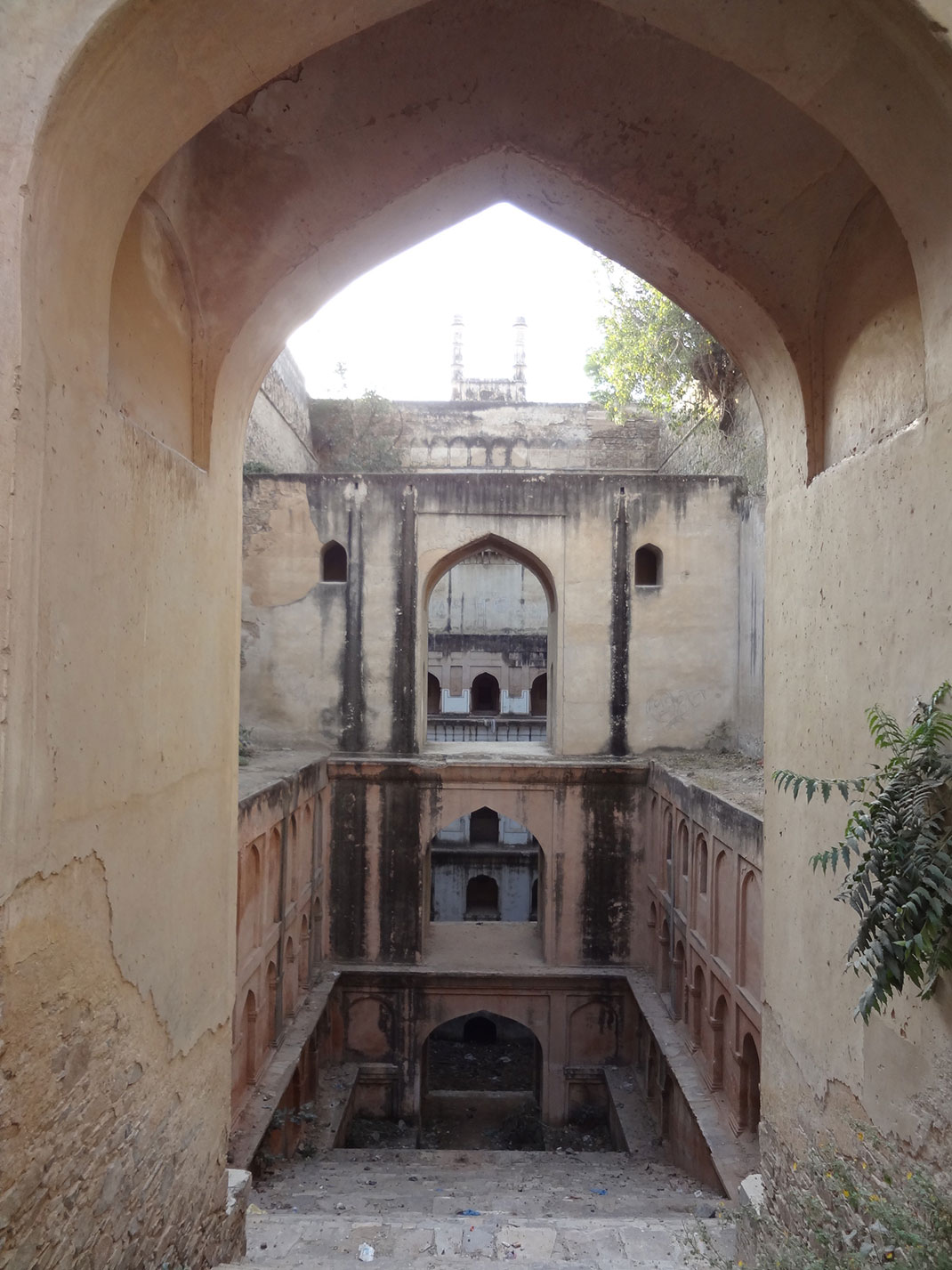 Admire These 2000 Year Old Somptous Buildings In India Destined To Disappear-21