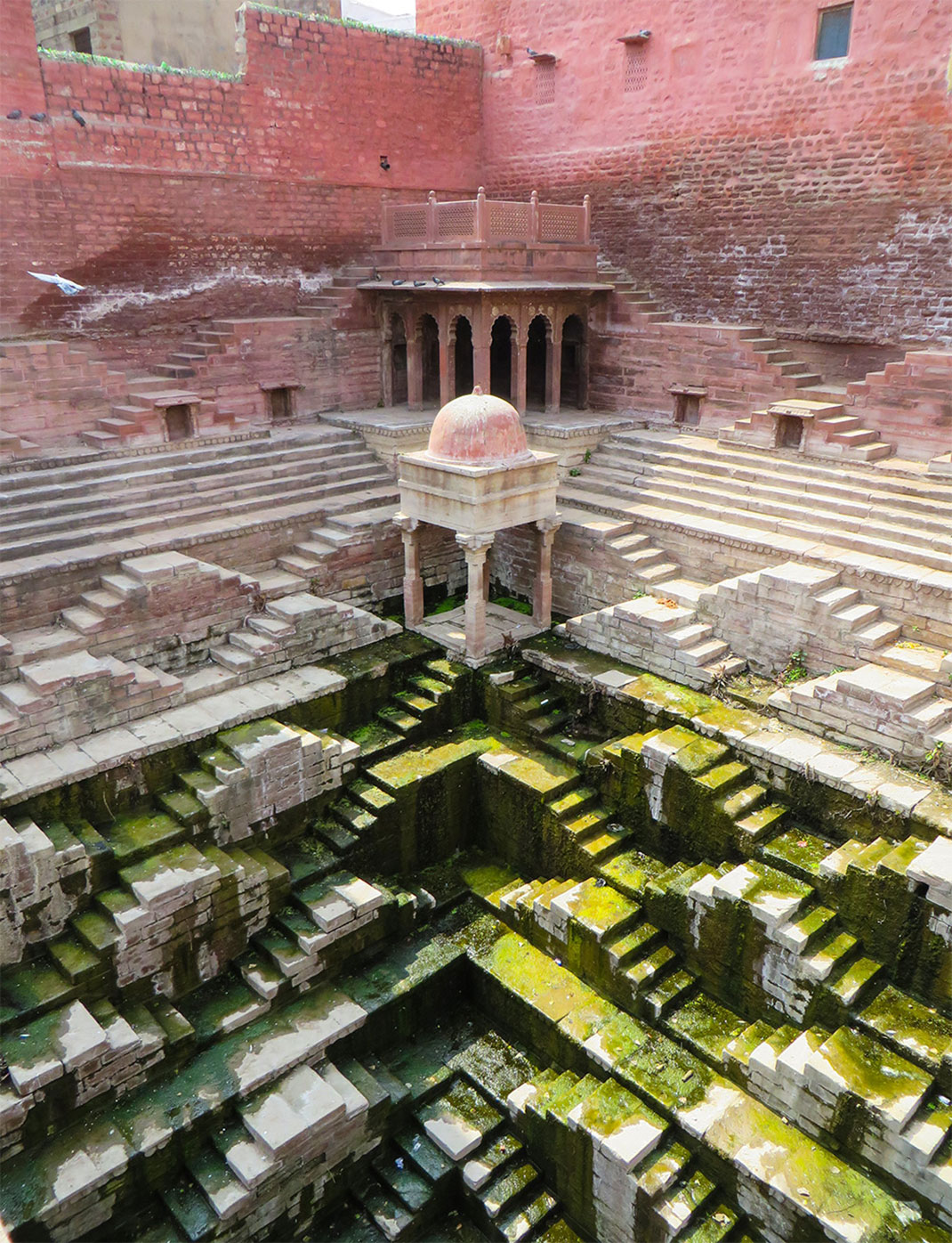 Admire These 2000 Year Old Somptous Buildings In India Destined To Disappear-4