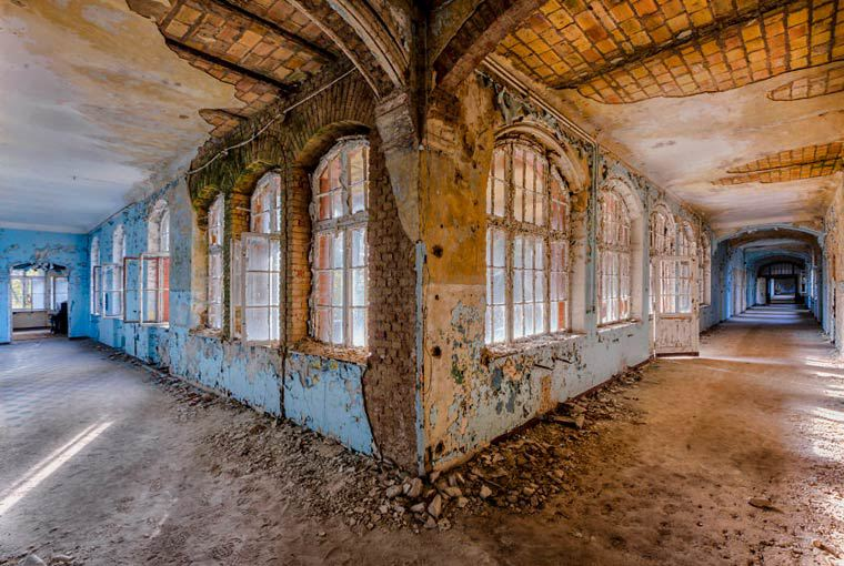 Amazing Abandoned Places By Christian Richter14