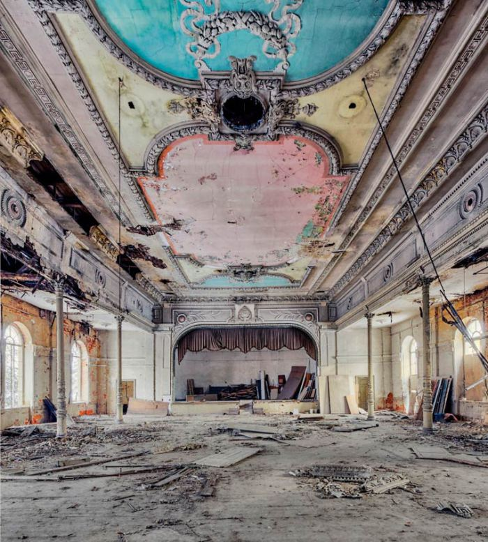 Amazing Abandoned Places By Christian Richter18