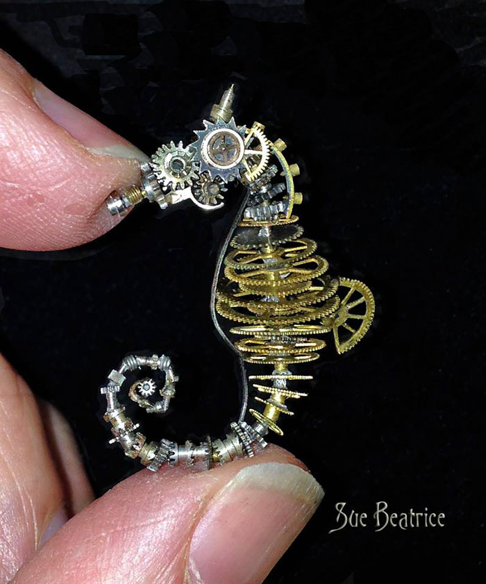 Amazing Life Like Sculptures Made From The Old Watch Parts-1