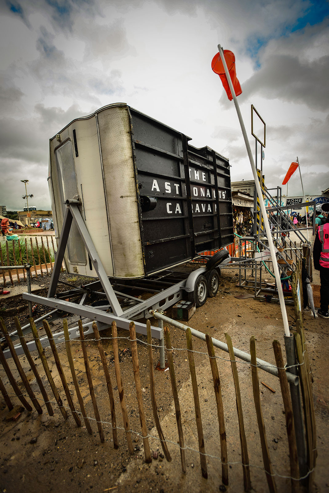 Dismaland- A Disneyland Like Park That Mocks The Decadence Of Our Society-6