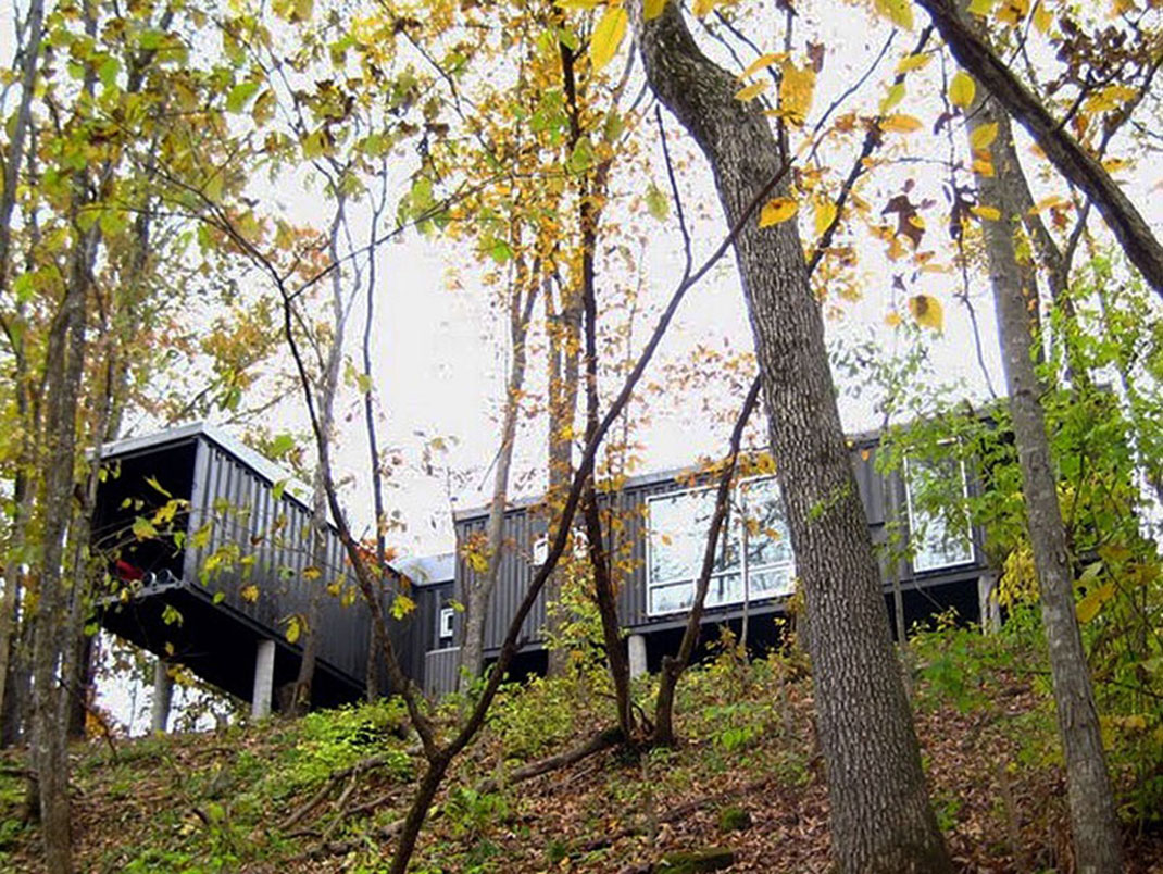 A container house in the state of Virginia in the United States: