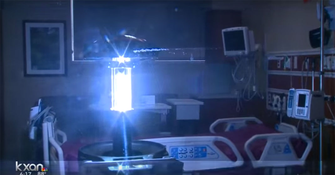 These Intelligent Robots Would Use Ultraviolet Light To Kill Germs In Hospitals-1