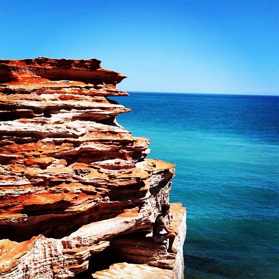 Towering Cliffs And Colorful Reefs Mesmerize You With Beauty Of Australian Coast-35