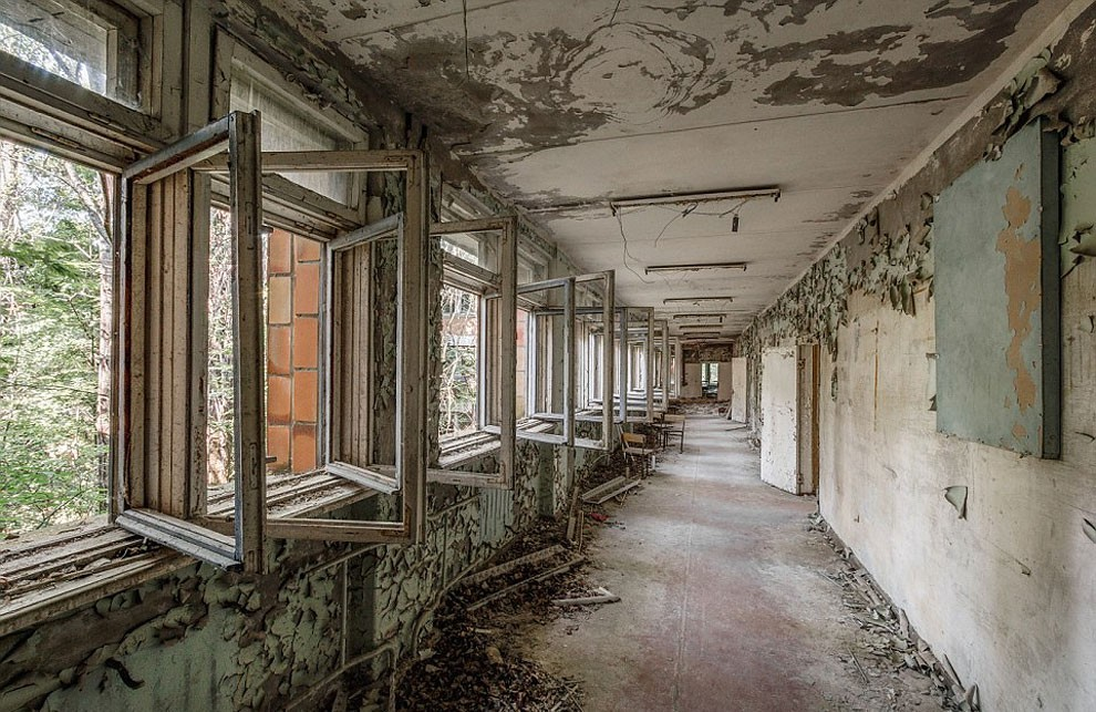 Enter The Scary Ruins Of Pripyat, Ghost Town 3 kilometers From Chernobyl-10
