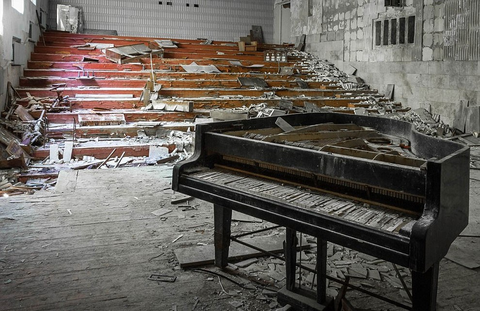 Enter The Scary Ruins Of Pripyat, Ghost Town 3 kilometers From Chernobyl-21