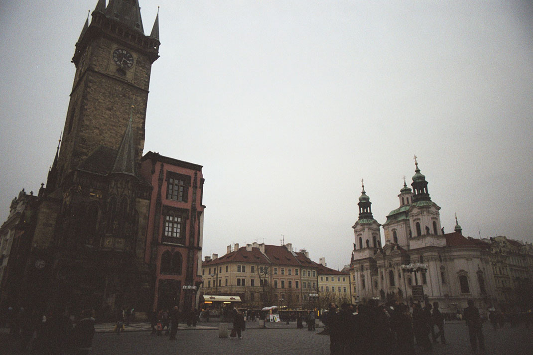 Wander The Colorful Streets Of Prague And Admire Its Wonderful Architecture-2
