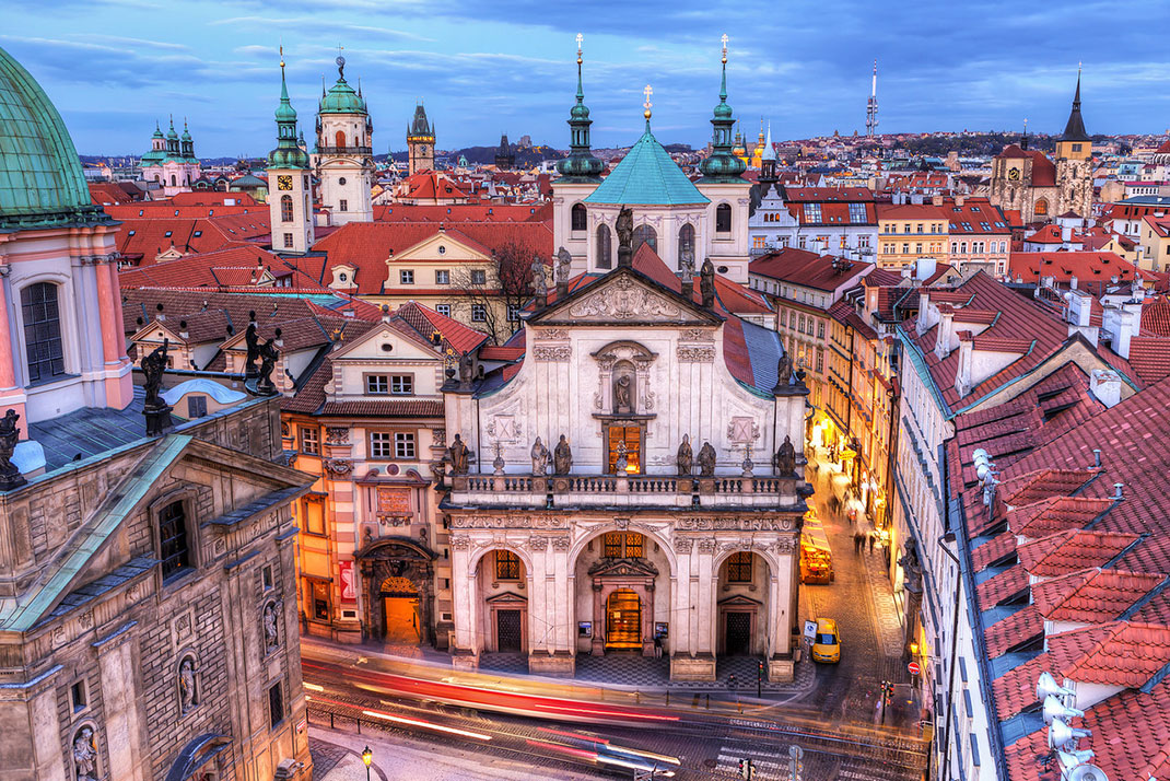 Wander The Colorful Streets Of Prague And Admire Its Wonderful Architecture-22