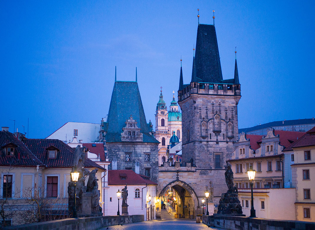 Wander The Colorful Streets Of Prague And Admire Its Wonderful Architecture-23