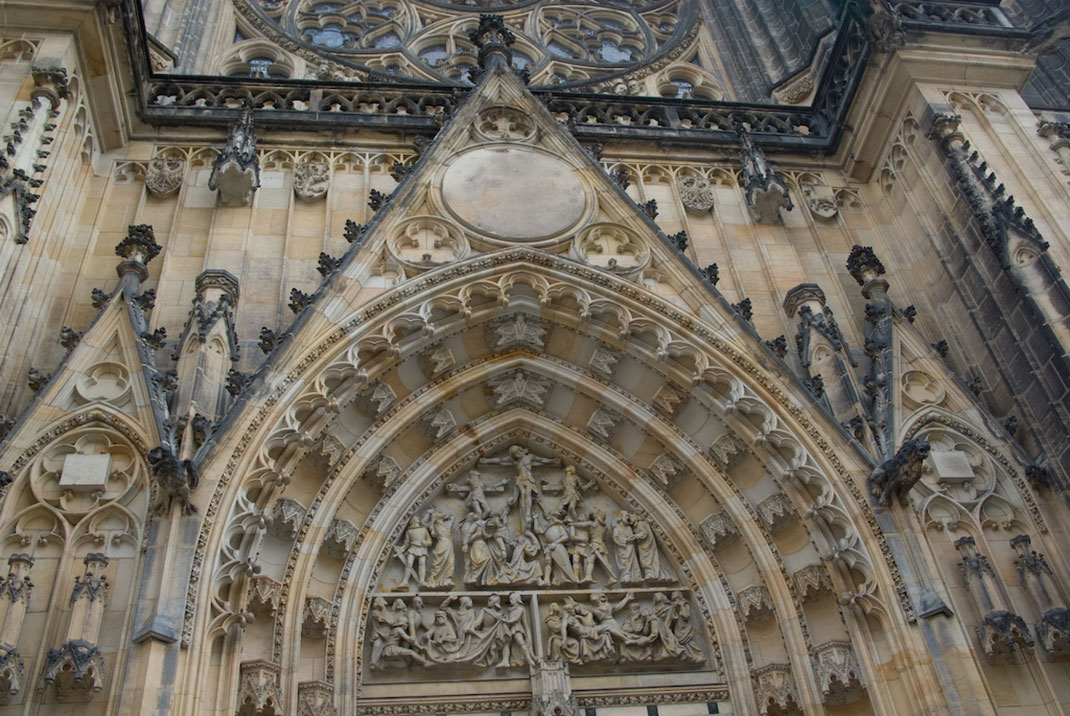 Wander The Colorful Streets Of Prague And Admire Its Wonderful Architecture-36