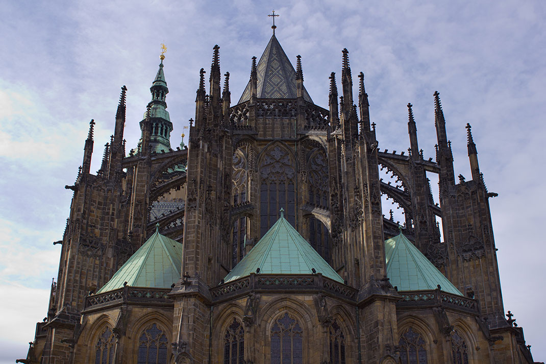 Wander The Colorful Streets Of Prague And Admire Its Wonderful Architecture-40