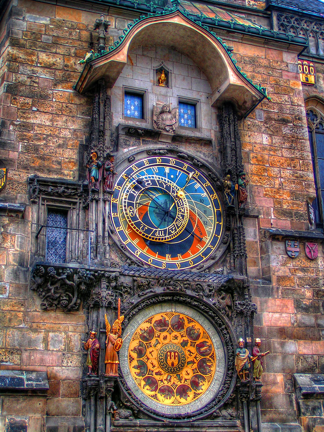 Wander The Colorful Streets Of Prague And Admire Its Wonderful Architecture-6