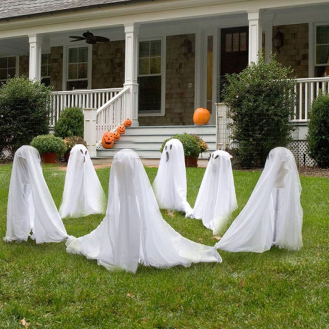 These Halloween Decorations Convert Homes Into Real Horror Meuseums-28