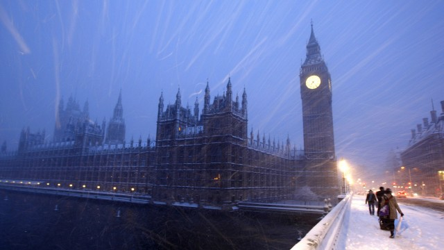London wallpaper 19