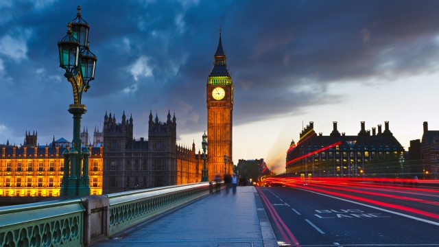 London wallpaper 24