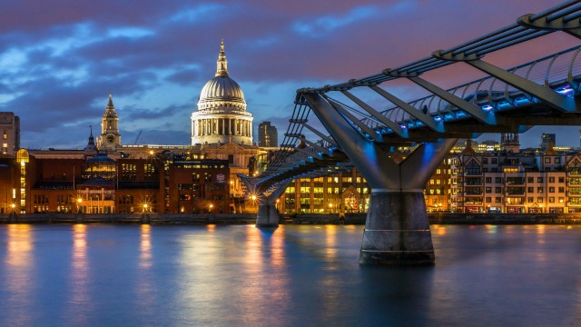 London wallpaper 42