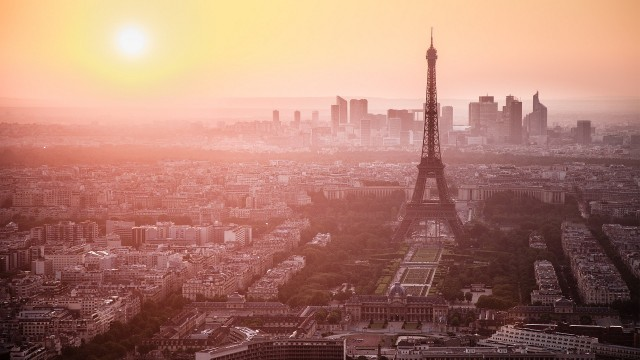 Paris Wallpaper background 2