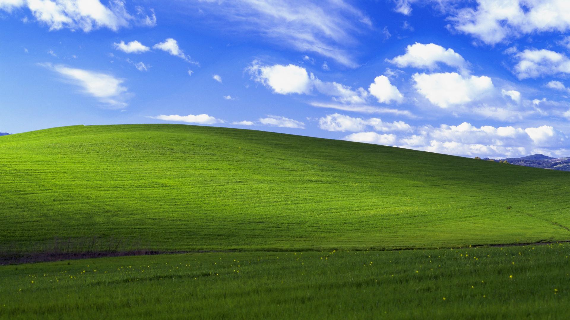 Windows XP Wallpaper 2