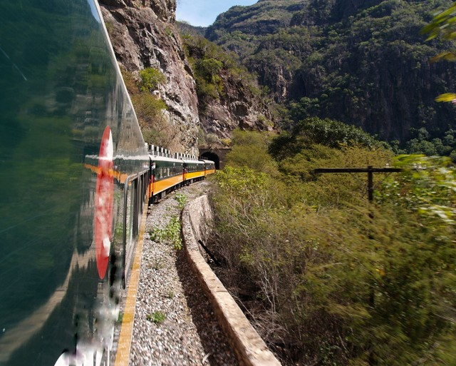 10 Most Sublime Train Trips In The World--7