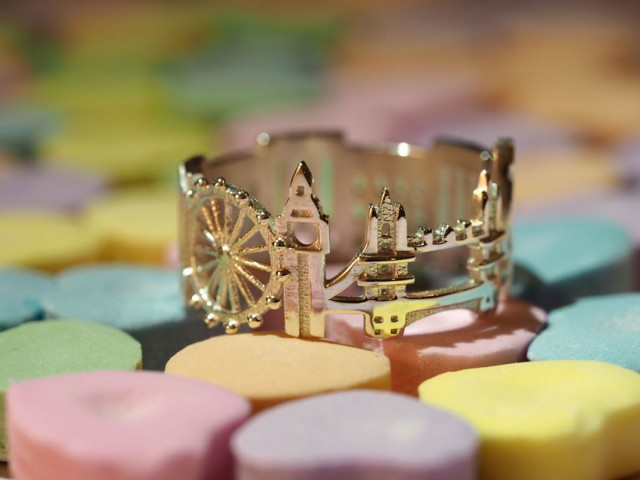 Rings made as the architectures of famous cities--10