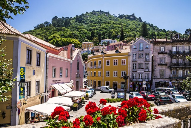 Discover Sintra-Portuguese City Where Beautiful Architecture Perfectly Coexists With Nature--4