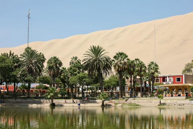 Huacachina-The Beautiful Small Village Built Around Peruvian Desert Oasis--11